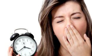 أكثر الأخطاء الصحية الشائعة التي نمارسها في الصباح