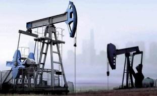 برميل النفط يتراجع إلى دون الـ65 دولاراً