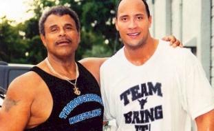 والد ذا روك..وفاة المصارع روكي جونسون