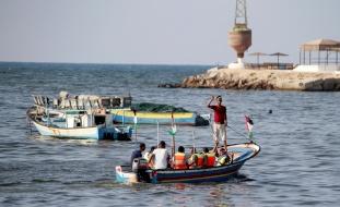 إسرائيل تُعيد توسيع مساحة الصيد لقطاع غزة