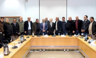 مفاوضات مع إسرائيل لإنهاء قرار حظر تصدير المنتجات الزراعية الفلسطينية