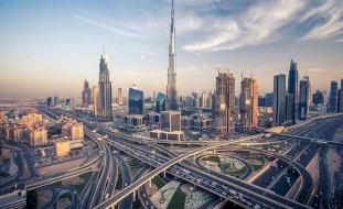 الإمارات تعفي المقيمين من الغرامات بسبب كورونا