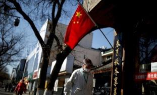 بكين تكشف عن حالات إصابة بكورونا بين الدبلوماسيين الأجانب لديها