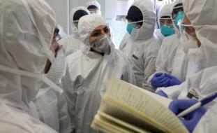 """""""الصحة العالمية"""" تكشف حقيقة تغيّر طرأ على شكل فيروس (كورونا) وانتقاله"""