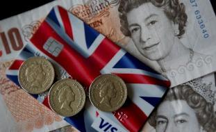 الاقتصاد البريطاني يهوي 20.4%