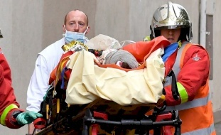 """فرنسا.. طعن 4 أشخاص قرب مقر """"شارلي إيبدو"""" السابق"""
