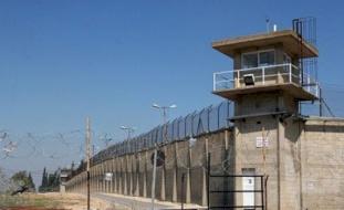 تطعيم 80% من أفراد إدارة سجون الاحتلال ضد كورونا