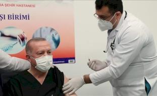 أردوغان يكشف تفاصيل حالته الصحية بعد تلقيه اللقاح