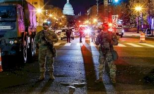 """(فيديو) إغلاق مبنى الكونغرس بسبب """"تهديد خارجي"""""""