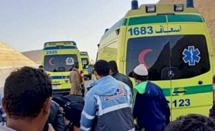 مصر: 11 قتيلاً بينهم عروسان بحادث سير مروع