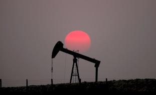 أسعار النفط تعاود تراجعها في مستهل أسبوع التداول الجديد