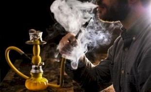 أستاذ أمراض قلب: الشيشة أسوأ بكثير من السجائر