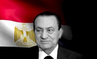 كاتب مصري يكشف معلومات عن سقوط نظام الرئيس الأسبق حسني مبارك