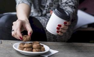 خبير تغذية يقدم نصيحة لمنع زيادة الوزن خلال الطقس البارد