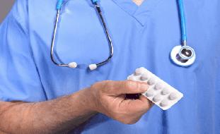 علامتان تحذيريتان على أنفك قد تظهران كآثار جانبية للعقاقير المخفضة للكوليسترول