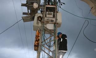 إسرائيل تبلغ السلطة: سنقطع الكهرباء عن مناطق بالضفة بسبب الديون