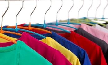 كيف نحافظ على ألوان الملابس ؟