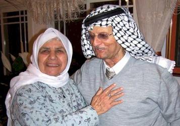 الحاجة نجية… قلب كبير ينبض بالحنين لقريتها في الناصرة