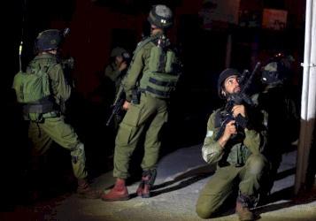 اعتقال خلية لحماس كانت تخطط لتنفيذ هجمات بالضفة