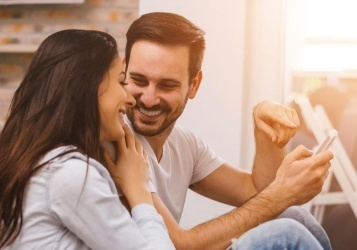 أمور لا تطلبها المرأة الحكيمة من زوجها