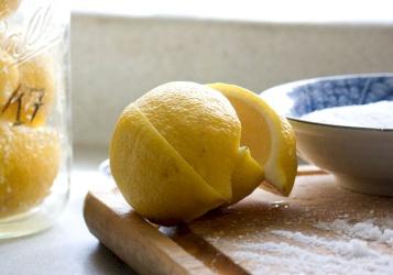 تعرف على فوائد استخدام ملح الليمون
