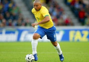 رونالدو البرازيلي.. أعظم لاعب كرة قدم في التاريخ