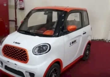سيارة كهربائية جديدة