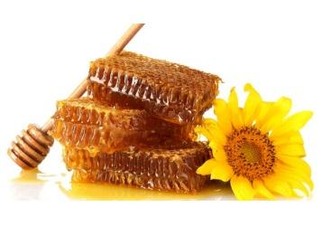 لمن يعتقد أن العسل مفيد للعينين!