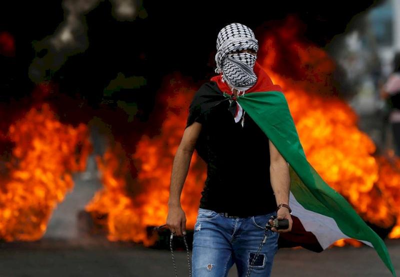 65 إصابة بمسيرات ذكرى النكبة على حدود غزة