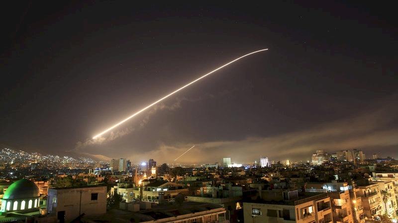 الدفاعات الجوية للجيش السوري تتصدى لقصف إسرائيلي