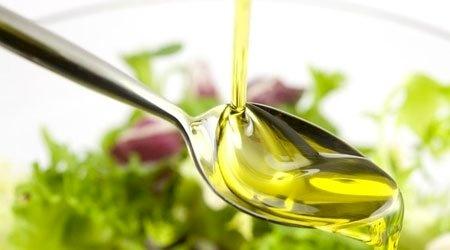 الزيوت النباتية .. أنواعها وطرق استخدامها