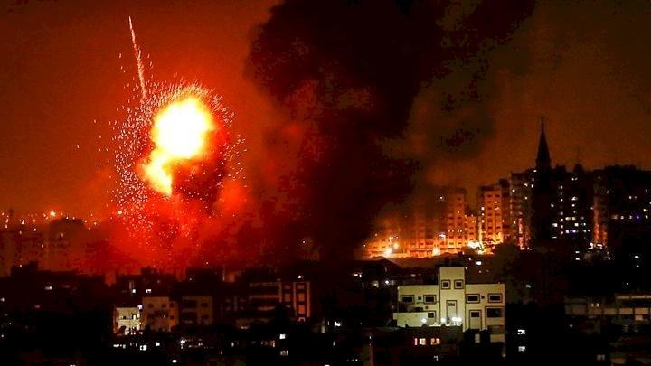 غارات إسرائيلية على أهداف في غزة واعتراض صاروخين فوق سديروت