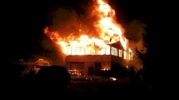 وفاة 13 باكستانيًا بحريق مروع في الاردن