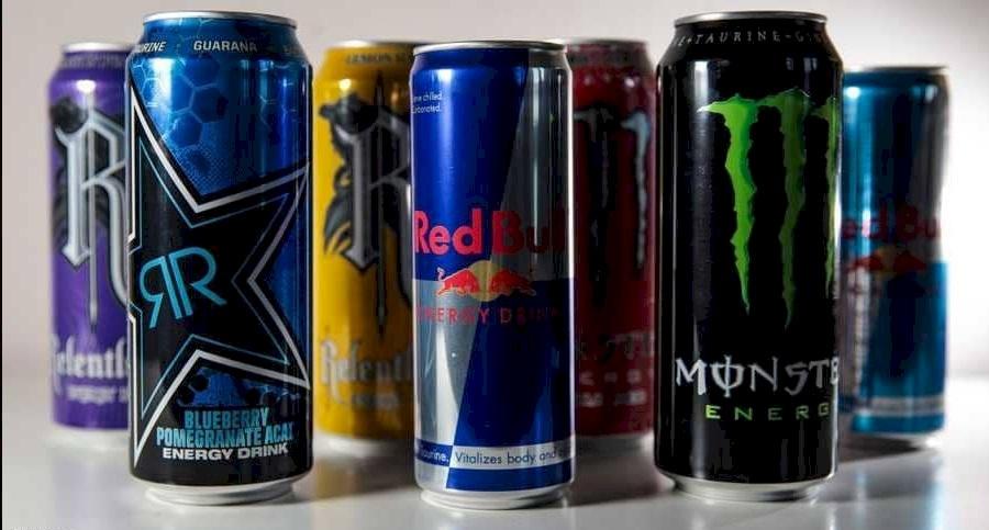 تحذير للطلاب من مشروبات الطاقة