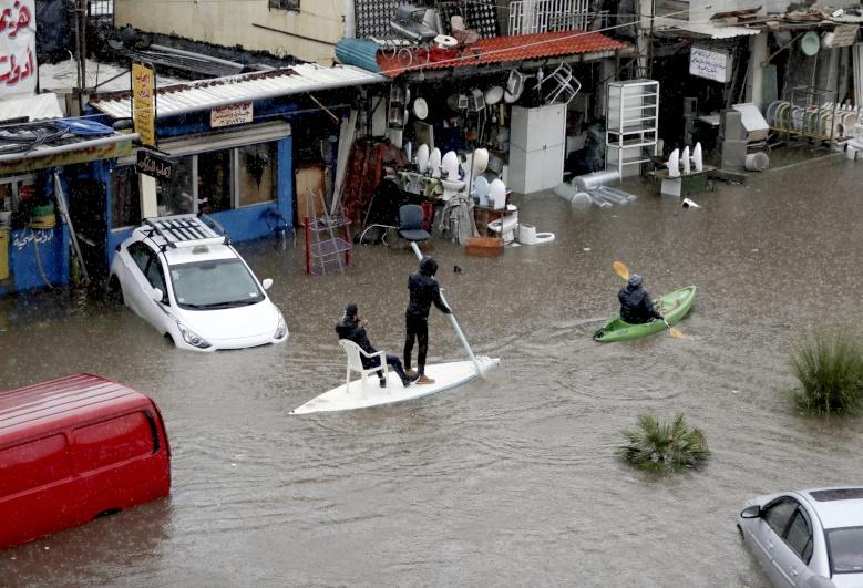 أنهار في وسط بيروت!