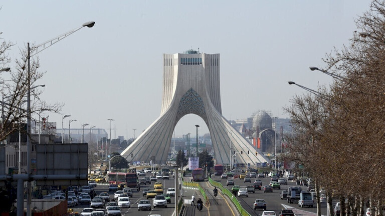 "إيران تتوعد بريطانيا برد ""قوي ومناسب"""