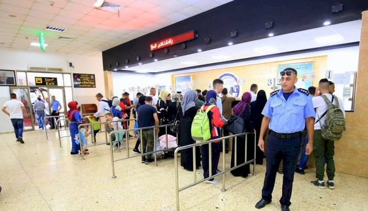 الأردن يعلن زيادة عدد المسافرين عبر جسر الملك حسين