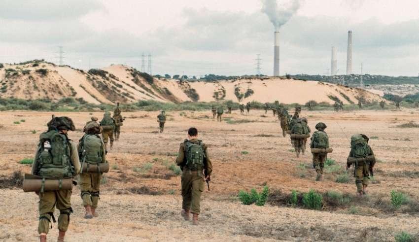 الجيش الإسرائيلي يعاقب جنوداً أطلقوا النار على موقع لحماس بغزة