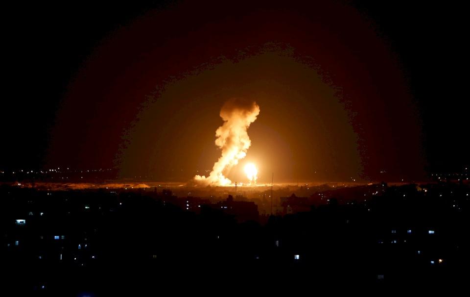 إسرائيل تقصف دمشق مجدداً