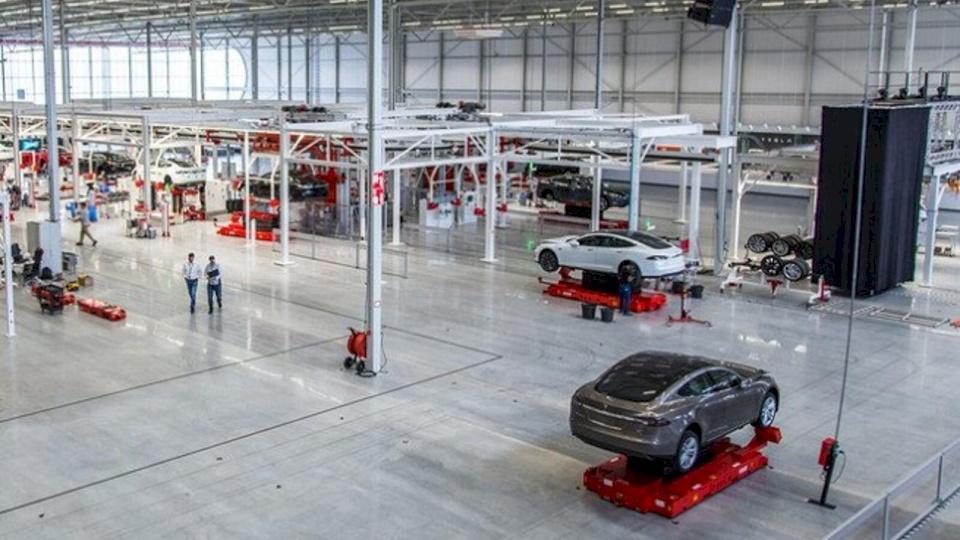 """تحذيرات- """"كورونا"""" سيضرب إنتاج السيارات في العالم"""