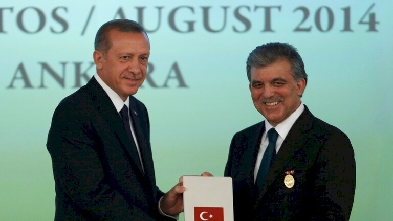 رئيس تركيا السابق يوجه نصيحة لأردوغان حول مصر