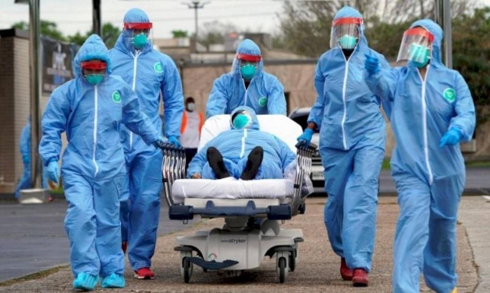 """الصحة العالمية تكشف """"حقيقة مرة"""" بشأن جائحة كورونا"""