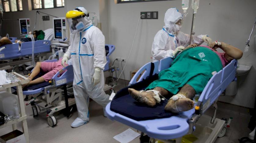تحذير جديد من الصحة العالمية بشأن كورونا.. ومدة بقائه