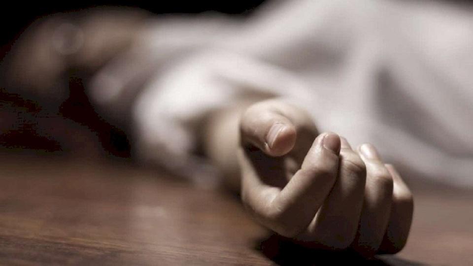 هندي ينتحر بعد أيام على زفافه وزوجته تحاول اللحاق به