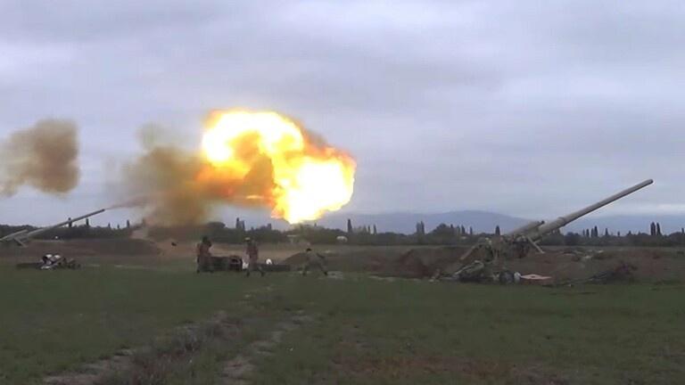 """صواريخ إسرائيلية تدك """"قره باغ"""""""