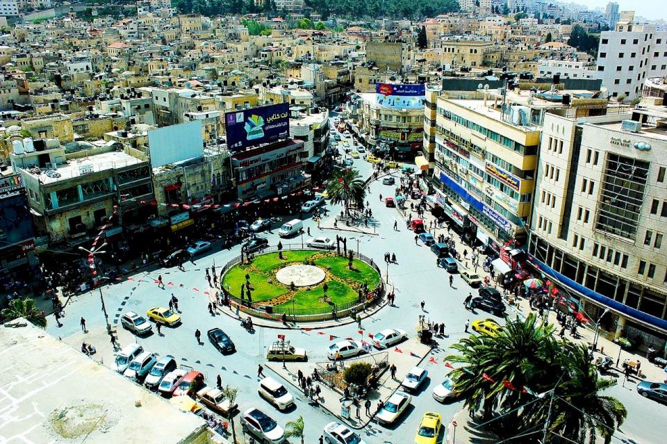 لجنة طوارئ محافظة نابلس.. تمديد الإغلاق الجزئي وإغلاق شامل الجمعة والسبت