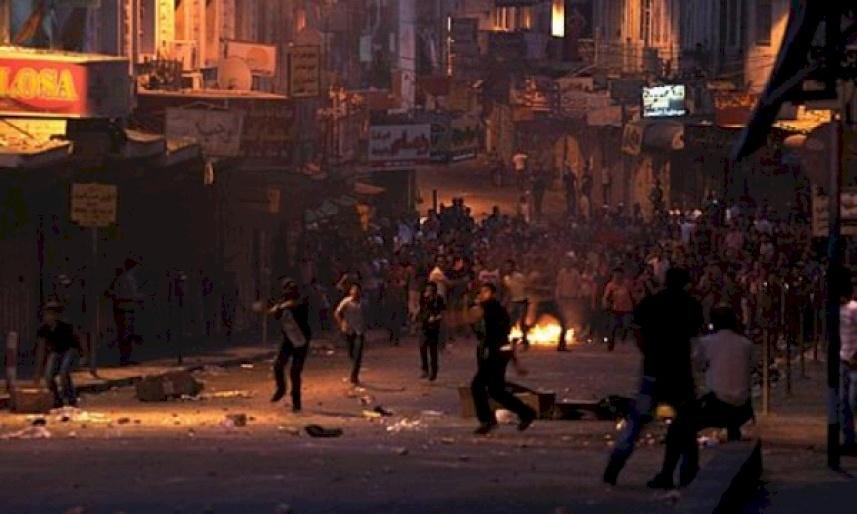 صور- مواجهات بين الأمن وشبان في مخيم بلاطة