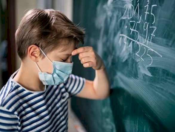 كيف تختلف أعراض كورونا لدى الأطفال عن أعراض البالغين؟
