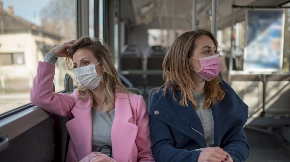 نصيحة غريبة من أطباء فرنسيين لصد فيروس كورونا