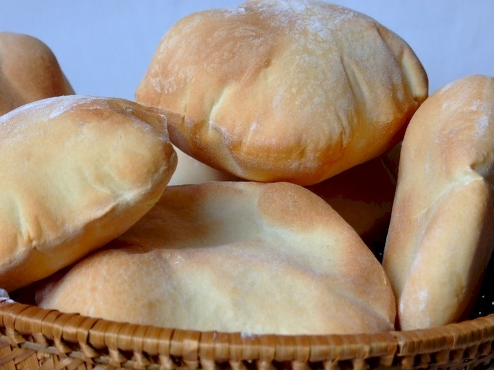 خبراء: 5 حالات يساعد فيها تناول الخبز على إنقاص الوزن